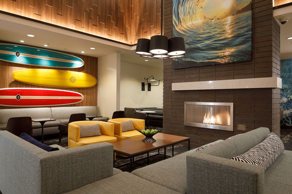 Hyatt Place Santa Cruz lounge